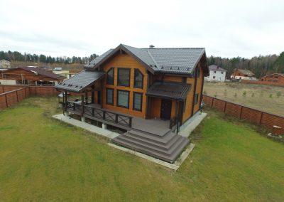 покраска деревянного дома