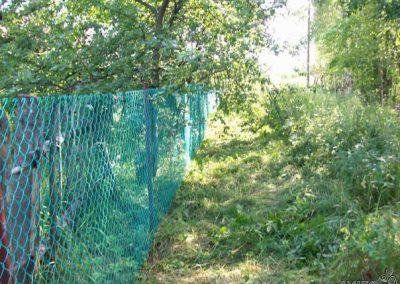Заборы из сетки рабица для дачи
